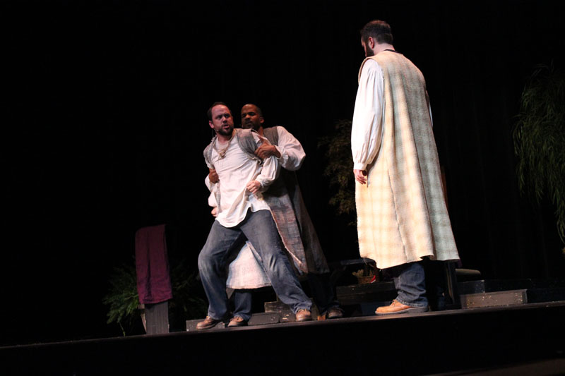 Acts_the_3_Man_Show_(182)