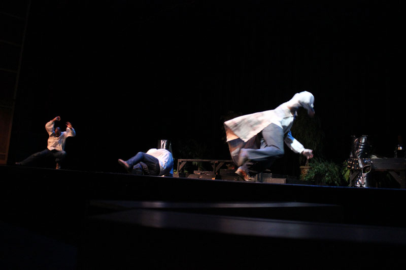 Acts_the_3_Man_Show_(208)