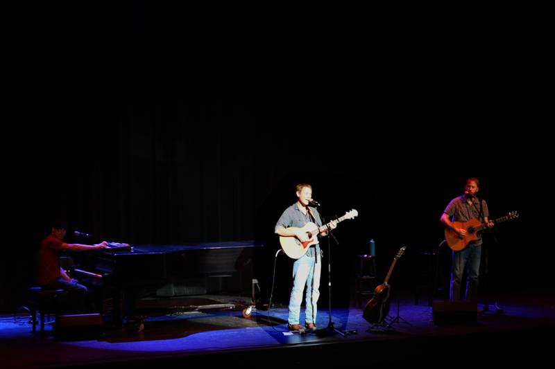 AndrewPeterson4-11-288