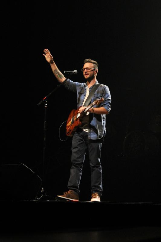 Concert - Chris August (136)