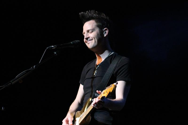Lincoln Brewster (203)