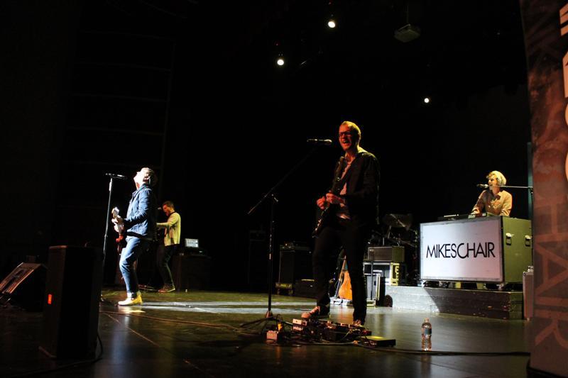 MIKESCHAIR Concert (81)