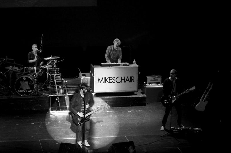 MIKESCHAIR Concert (205)