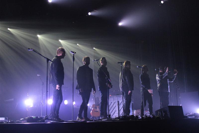 Very_Merry_Christmas_Tour_(14)